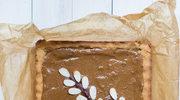 Mazurek kruchy z polewą czekoladową