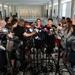 Mazurek o decyzji ZNP i PO ws. okrągłego stołu: To niepoważne