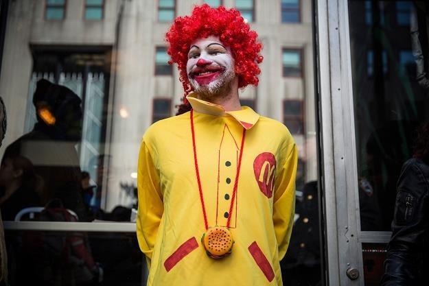 McDonald's kolejny raz za darmo częstuje poranną kawą /©123RF/PICSEL