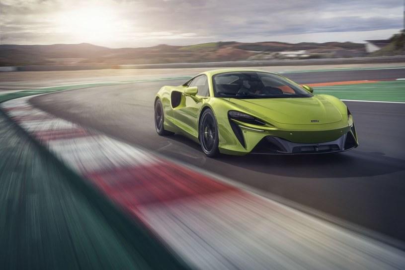 McLaren Artura /