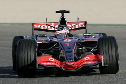 McLaren MP4-22 / Kliknij /AFP