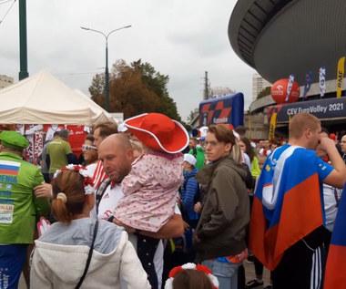 ME siatkarzy 2021. Polska - Słowenia. Spodek, godzina przed meczem. Są tłumy (POLSAT SPORT). Wideo