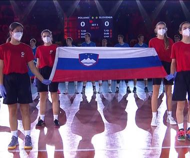 ME siatkarzy 2021. Wpadka organizatorów, zagrali hymn Serbii zamiast narodowej pieśni Słowenii (POLSAT SPORT). Wideo