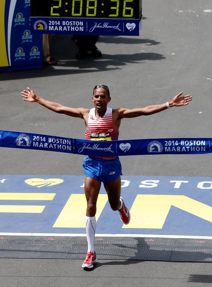 Mebrahtom Keflezighi wygrywa Boston Marathon 2014. /AFP