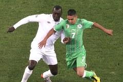 Mecz Anglia-Algieria: Nuda i bezruch