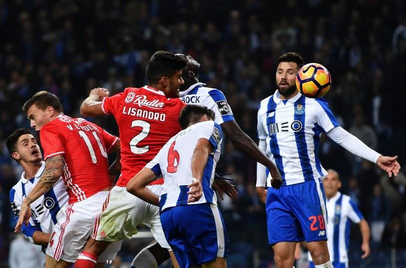 Mecz Benfica - Porto przyniesie ogromne zyski /AFP