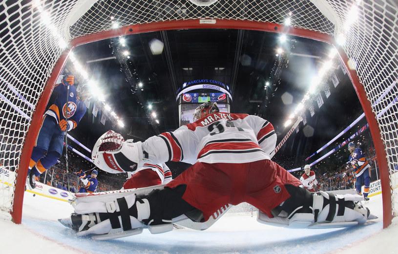 Mecz Carolina Hurricanes - New York Islanders /Getty Images