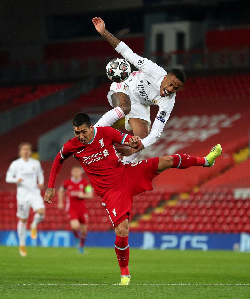 Mecz na Anfield Road obfitował w wiele twardych starć /Getty Images