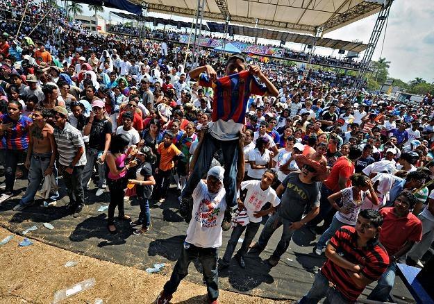 Mecz Realu z Barceloną oglądano w każdym zakątku świata. /AFP