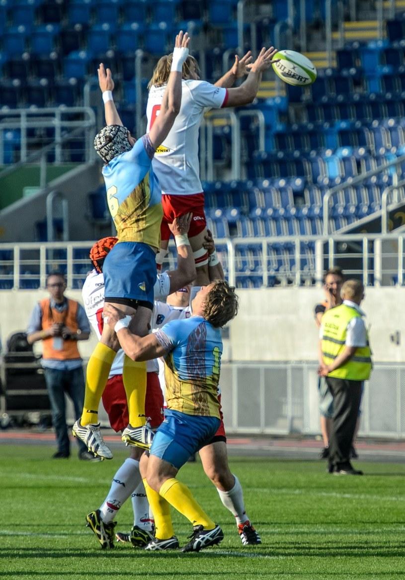 Mecz rugby Pucharu Narodów Europy dywizji 1B: Polska (biało-czerwone stroje) - Ukraina /Wojciech Pacewicz  (PAP) /PAP