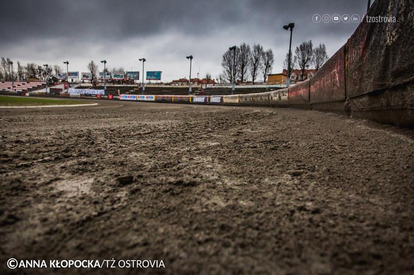 Mecz w Ostrowie został odwołany. /Anna Kłopocka /Flipper Jarosław Pabijan