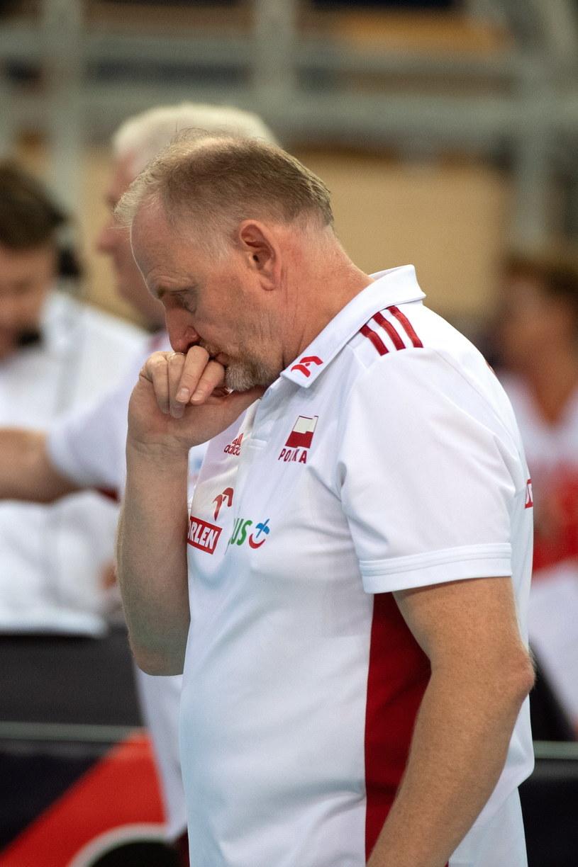 Mecz z ukrainą kosztował sporo nerwów trenera Jacka Nawrockiego /Grzegorz Michałowski /PAP