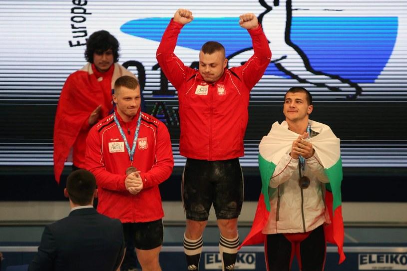 Medaliści na podium mistrzostw Europy /PAP/EPA