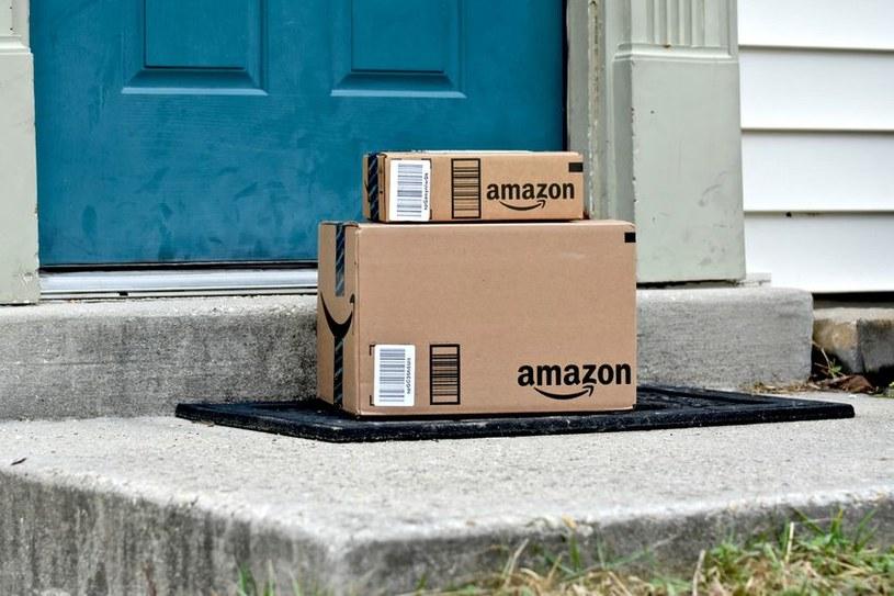 Media; Amazon nie płaci podatków w Europie! /123RF/PICSEL