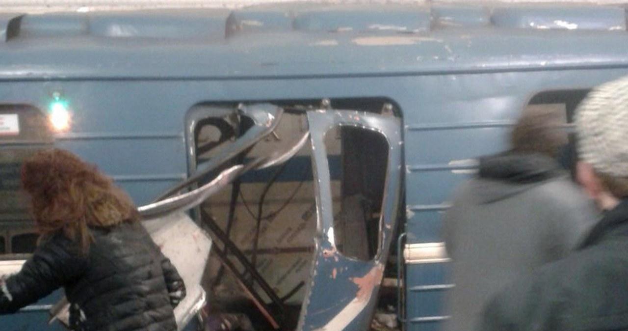 Media: Ładunek w metrze w Petersburgu miał moc równą 300 gr trotylu