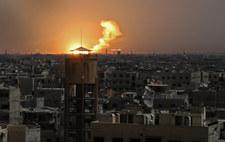 Media syryjskie: Izraelskie pociski uderzyły w bazę