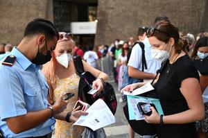 Media: To przekonało Włochów do szczepień na COVID-19