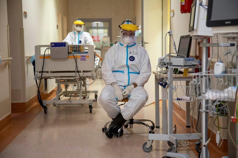 Medycy w Uniwersyteckim Szpitalu w Olsztynie, zdjęcie ilustracyjne / JAKUB STEZYCKI /Agencja FORUM
