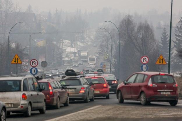 Mega korek na Zakopiance podczas noworocznego powrotu z Zakopanego 2 stycznia 2013 /Michał Adamowski /Reporter