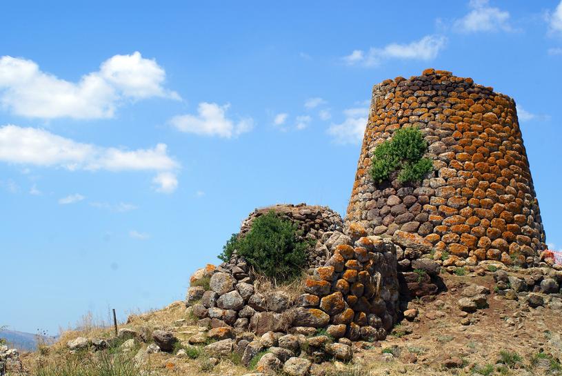 Megalityczne warowne wieże obserwacyjne /123RF/PICSEL