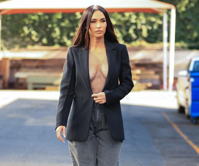 Megan Fox pod wpływem nowego chłopaka bardzo się zmieniła /BACKGRID /East News