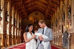 Meghan i Harry pokazali światu syna [ZDJĘCIA]