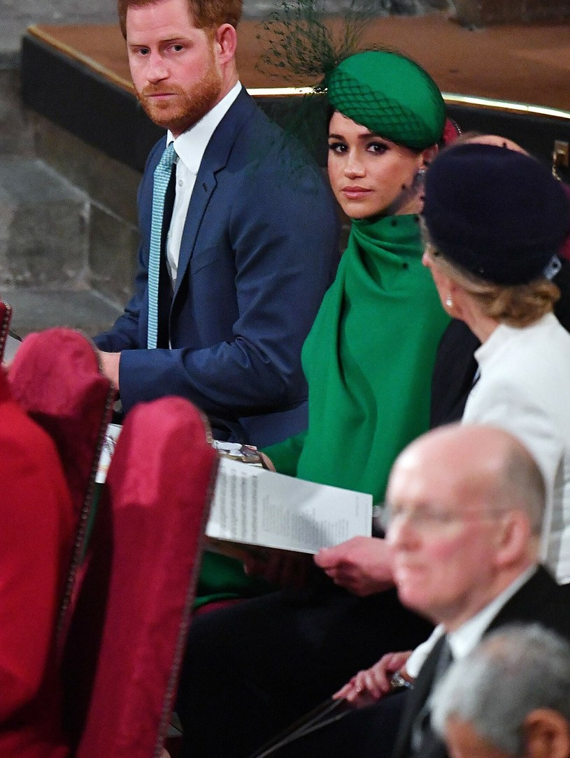 Meghan Markle i książę Harry manipulowali królową Elżbietą II? Takie wieści obiegły brytyjskie media /PHIL HARRIS/AFP/East News /East News