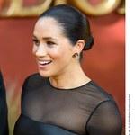 """Meghan Markle i książę Harry na premierze """"Króla Lwa"""". Czułe przywitanie z Beyonce"""