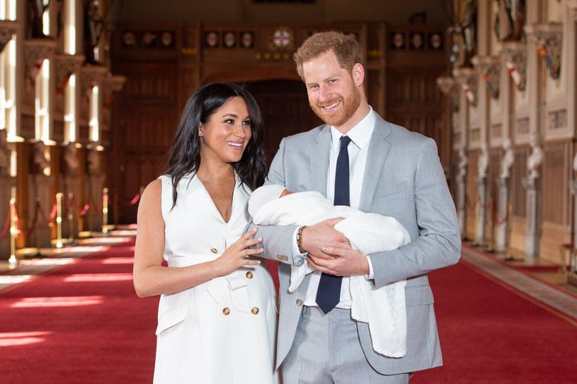 Meghan Markle, książę Harry i książę Archie zaraz po narodzinach /WPA Pool /Getty Images
