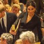 Meghan Markle w samej marynarce na premierze musicalu! Co na to królowa?!