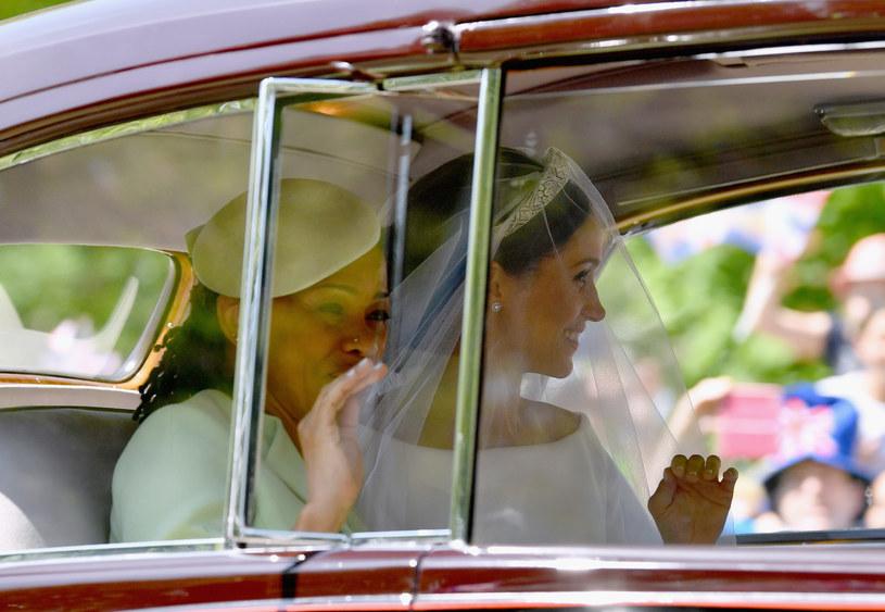 Meghan Markle z matką w drodze do kościoła /Dan Mullan /Getty Images
