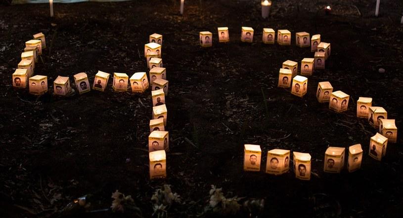 Meksykanie pamiętają o zaginionych studentach /Getty Images