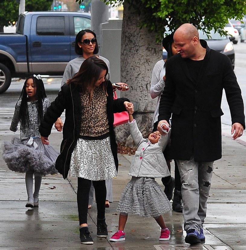 Mel B zabrała rodzinę na imprezę /Splash News /East News