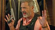 Mel Gibson walczy z pogodą i złodziejami