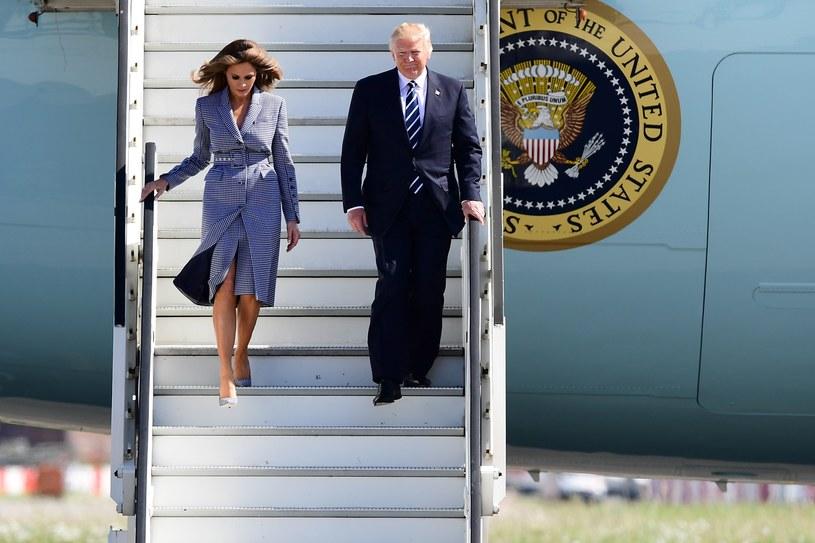 Melania Trump i Agata Kornhauser-Duda zwiedzą wspólnie Centrum Nauki Kopernik, na zdj. Melania i Donald Trump /EMMANUEL DUNAND / AFP  /AFP