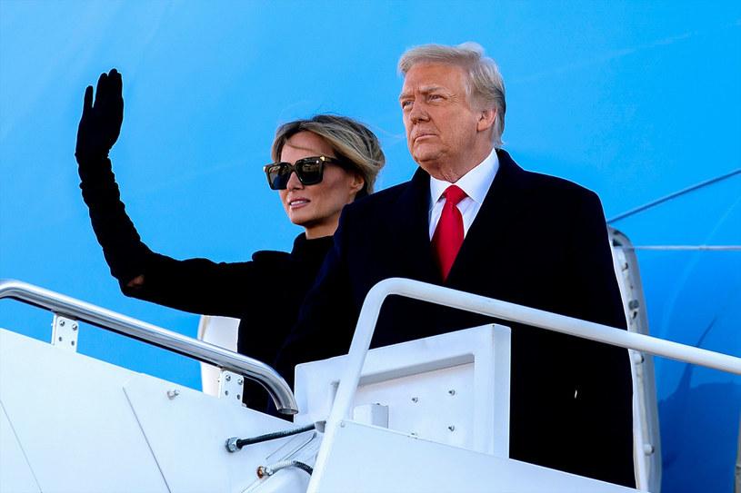 Melania Trump i Donland Trump byli bardzo oszczędni w pokazywaniu sobie czułych miłości publicznie /CNP /East News