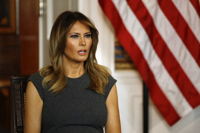 Melania Trump lubi bawić się modą /Associated Press /East News