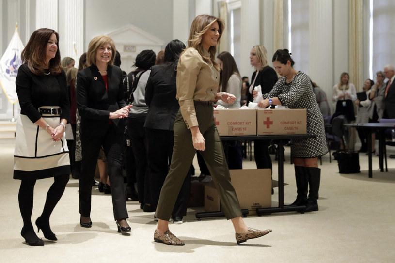 Melania Trump zaangażowała się w pomoc Czerwonemu Krzyżowi /Gripas Yuri/ABACA  /East News