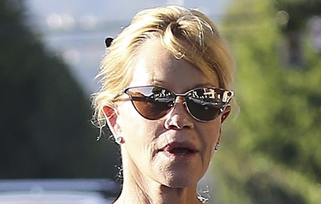 Melanie Griffith źle znosi rozwód /Splash News /East News