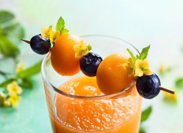 Melon i pomarańcze dobrze smakują w duecie /123RF/PICSEL