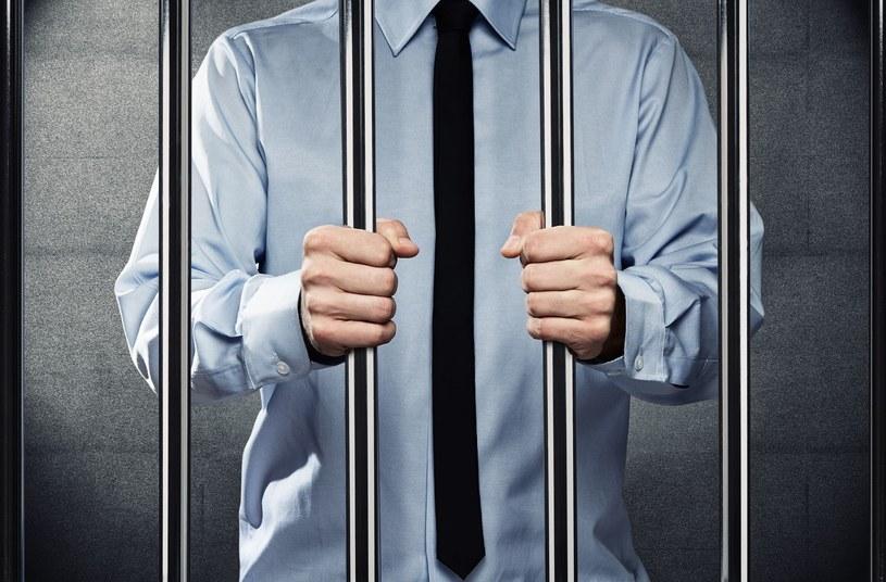 Menedżer mający ponad 40 lat, który od niedawna pracuje w firmie, najczęściej na wysokim stanowisku w zarządzie to typowy profil korporacyjnego oszusta w Polsce /123RF/PICSEL