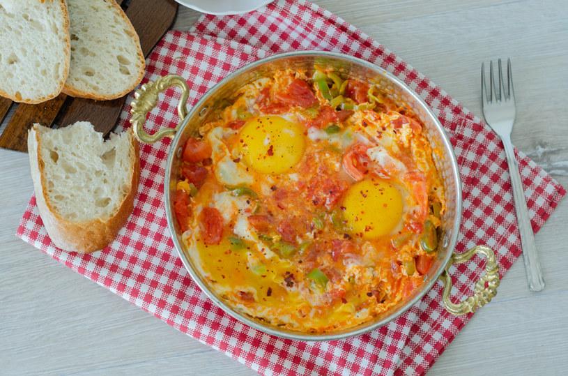 Menemen - jajecznica po turecku /123RF/PICSEL