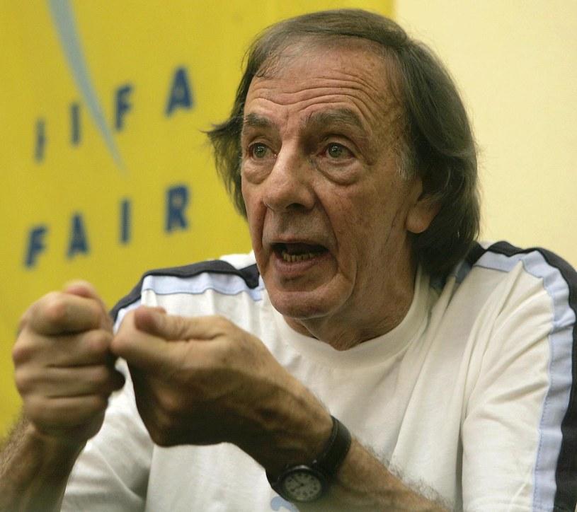 Menotti docenił Iniestę, który nie szuka rozgłosu, a skupia się jedynie na futbolu /AFP
