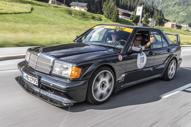 Mercedes 190 E 2.5-16 Evolution II /