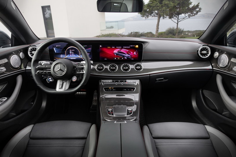Mercedes-AMG E 53 coupe /