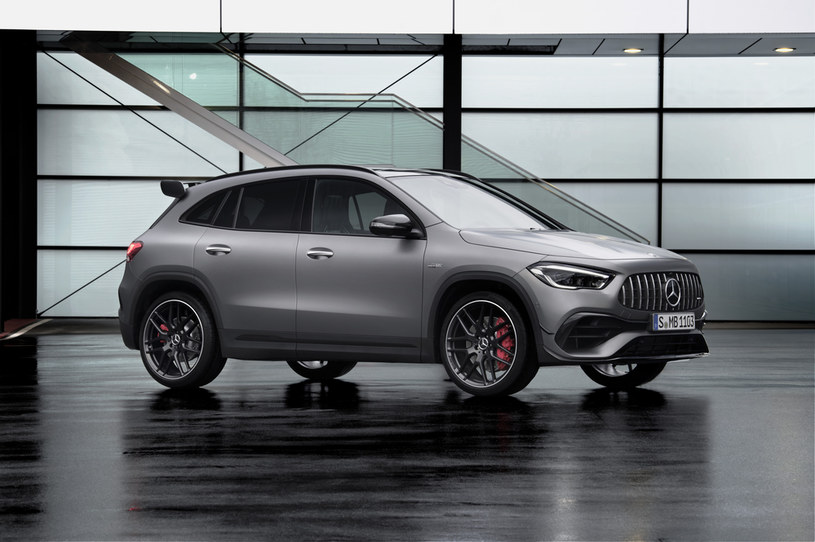 Mercedes-AMG GLA 45 S 4MATIC+ /