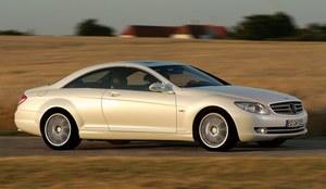 Mercedes CL (C216) - poprzednik klasy S Coupe - zadebiutował w 2006 roku. /Mercedes