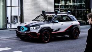 Mercedes ESF - wizja bezpieczeństwa przyszłości
