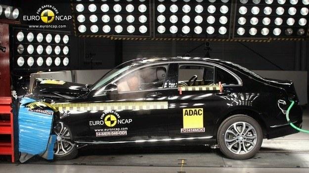 Mercedes klasy C (W 205) w teście zderzeniowym Euro NCAP /Euro NCAP