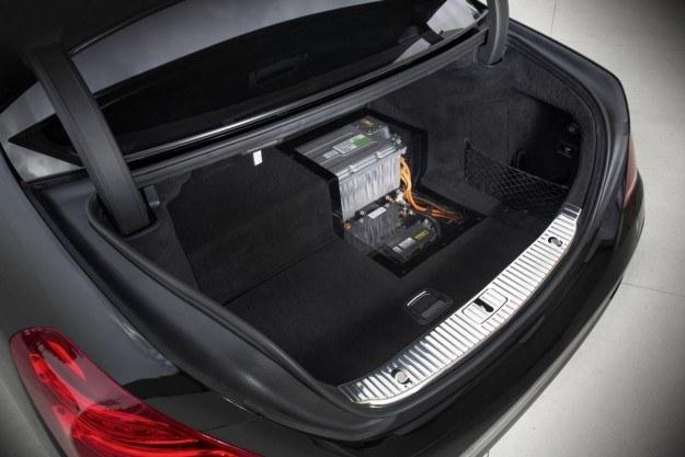 Mercedes S Hybrid /